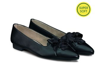 Soft lace-up ballerina shoes
