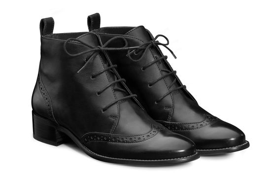 Lace Up Ankle Boots in Black Paul Green