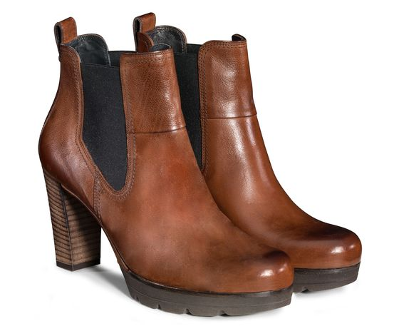 Plateau ankle boot in brown with stretch Paul Green