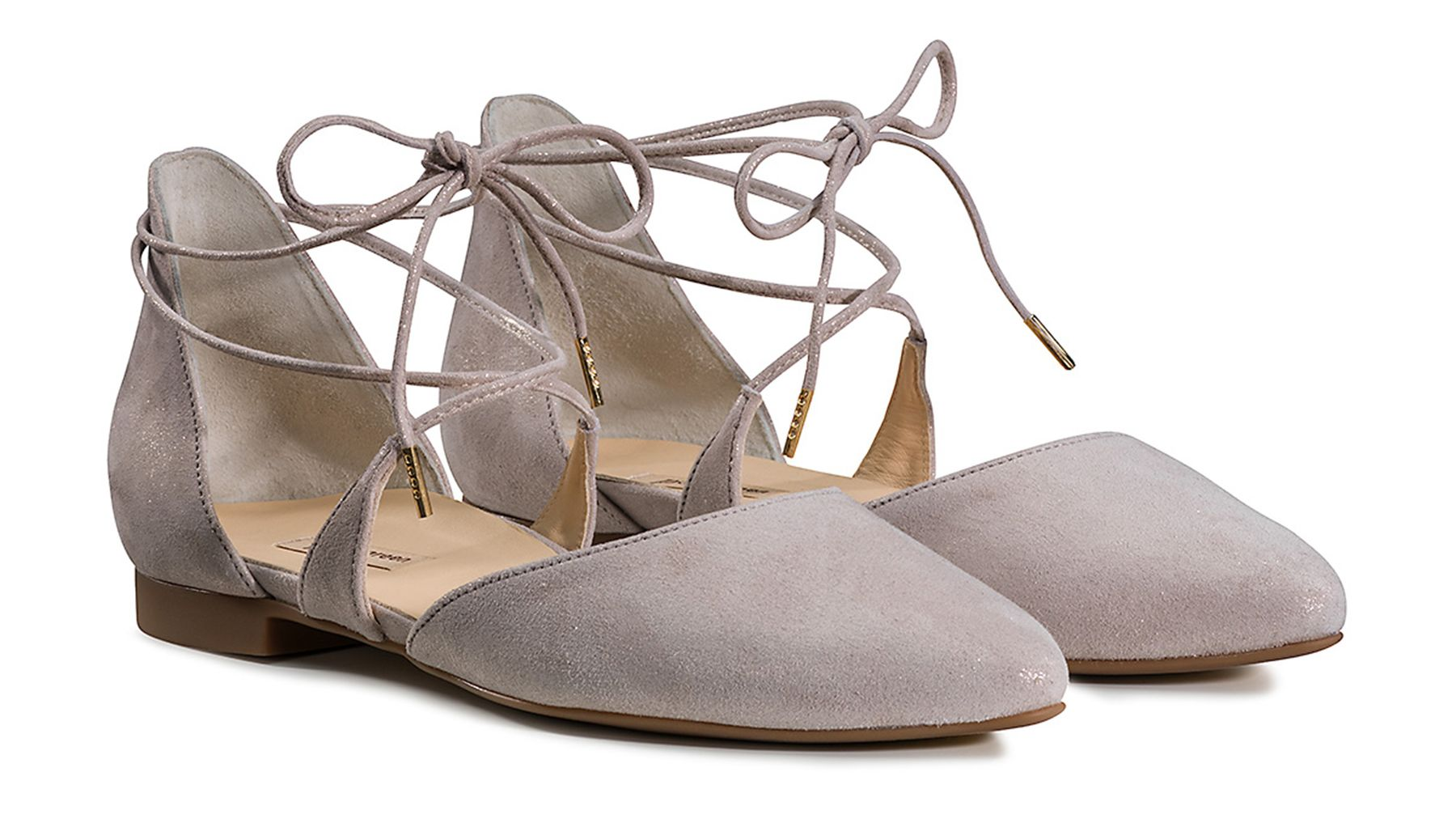 sports shoes 2c44c a235e Playful Lace Up Ballerinas in Beige - Paul Green