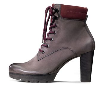 Perfect lace-up ankle boot