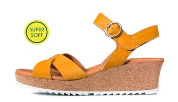 SUPER SOFTE wedge heel sandals