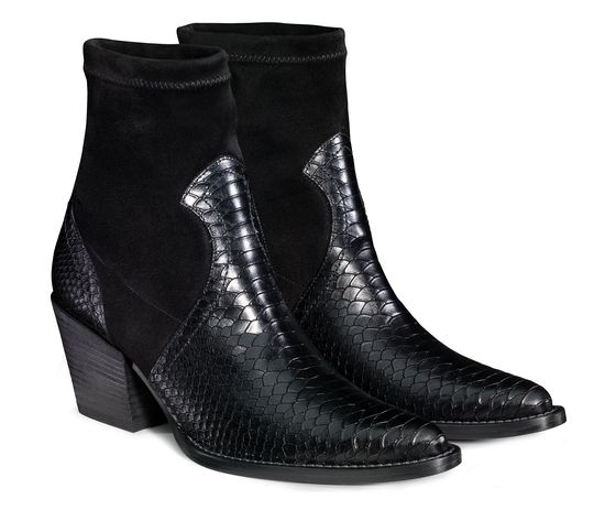 Western-style ankle boots