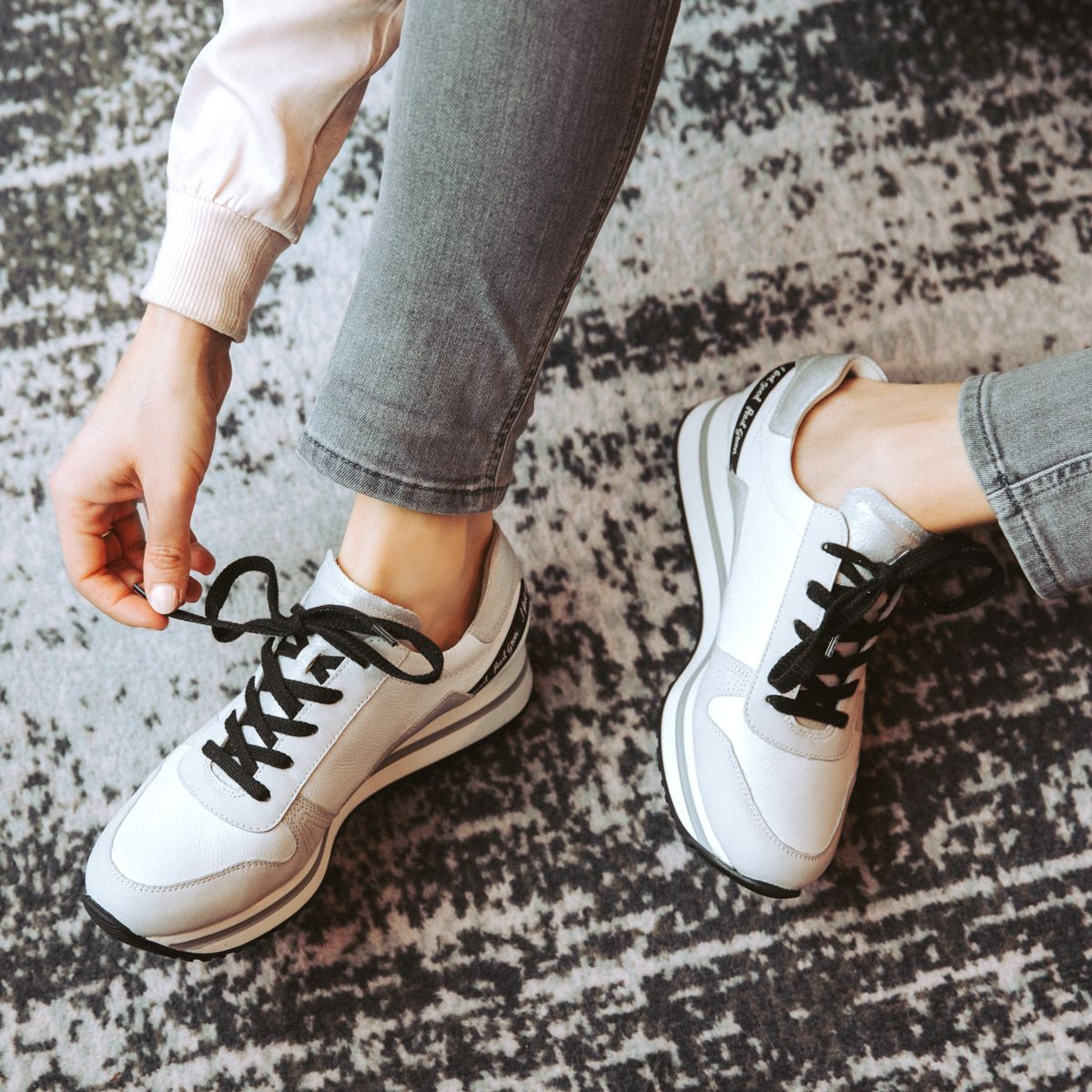 Statement sneakers, gray white Paul Green